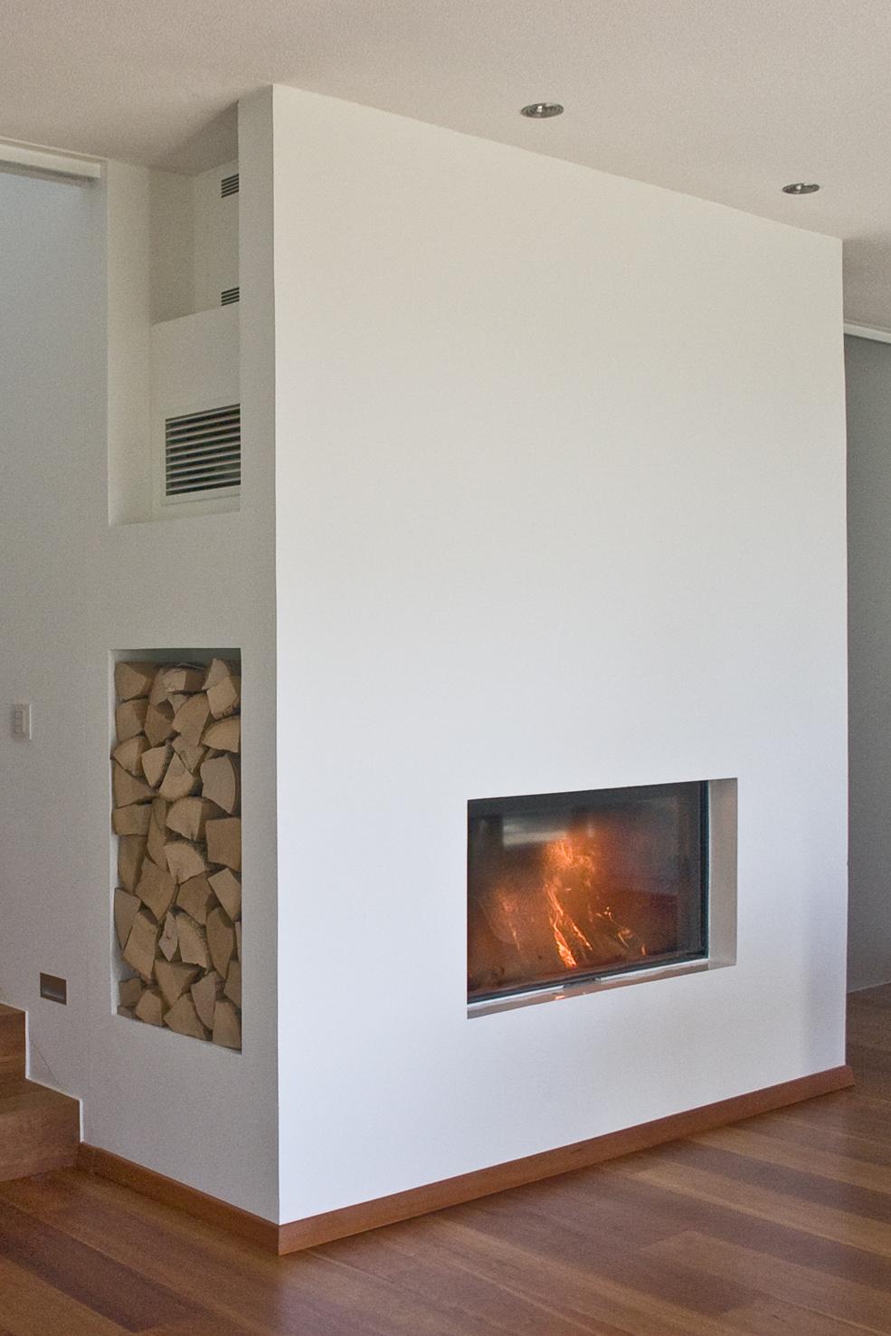 kachelofen stuttgart kachelofen und wohnraum integriert in die kche kachelofen und wohnraum. Black Bedroom Furniture Sets. Home Design Ideas